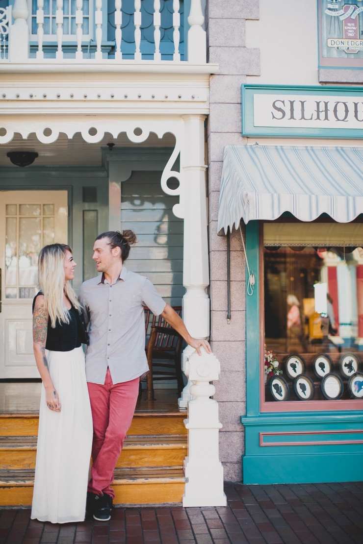 Top 10 Disneyland Engagement Photo Spots